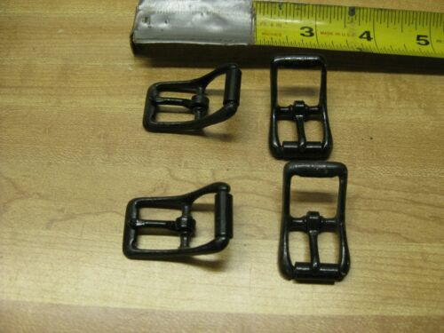 Belt Buckles Black Small 20 Count
