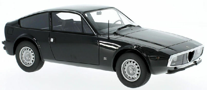Alfa Romeo GT 1300 junior Zagato nero 1 18 Model bos Model