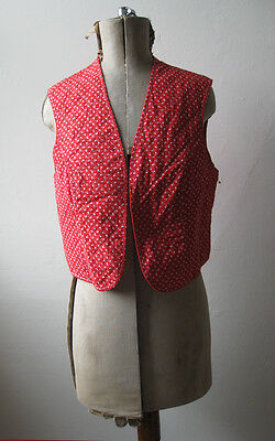 Amichevole Trapunta Vintage 70s 80s Dirndl Folk Hippy Rosso Bianco Cotone Stampa Floreale Gilet Reversibile-
