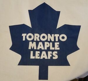 Official-licensed-vintage-NHL-Toronto-Maple-Leafs-jersey-CCM-size-large