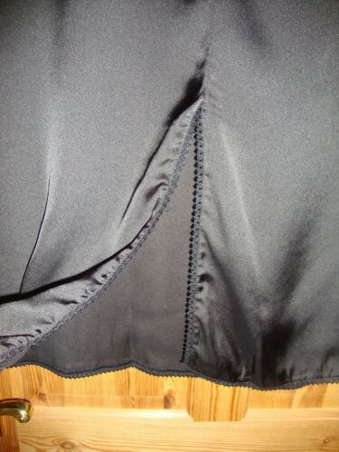 BNWT MAYSAA Ladies Black Satin Longer Length Slip Underskirt Size Medium