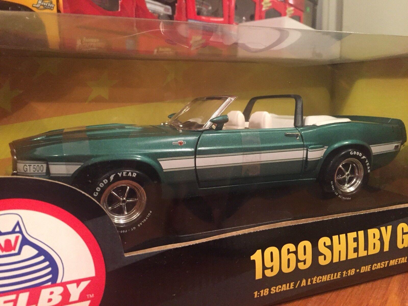 Ertl 1 18 1969 Ford Shelby GT-500 Converdeible 1 de 2500 artículo 36680