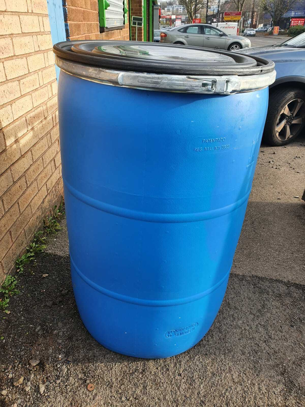 1 x 220 Litre Wide Mouth Barrels With Lid & Clamp Inc Postage