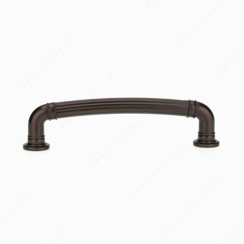 Traditional Metal Pull 8818 Richelieu Hardware