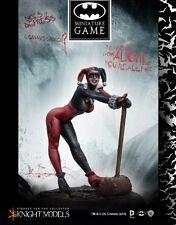 Knight Models BNIB DC Comics - HARLEY QUINN CLASSIC COSTUME K35DC004