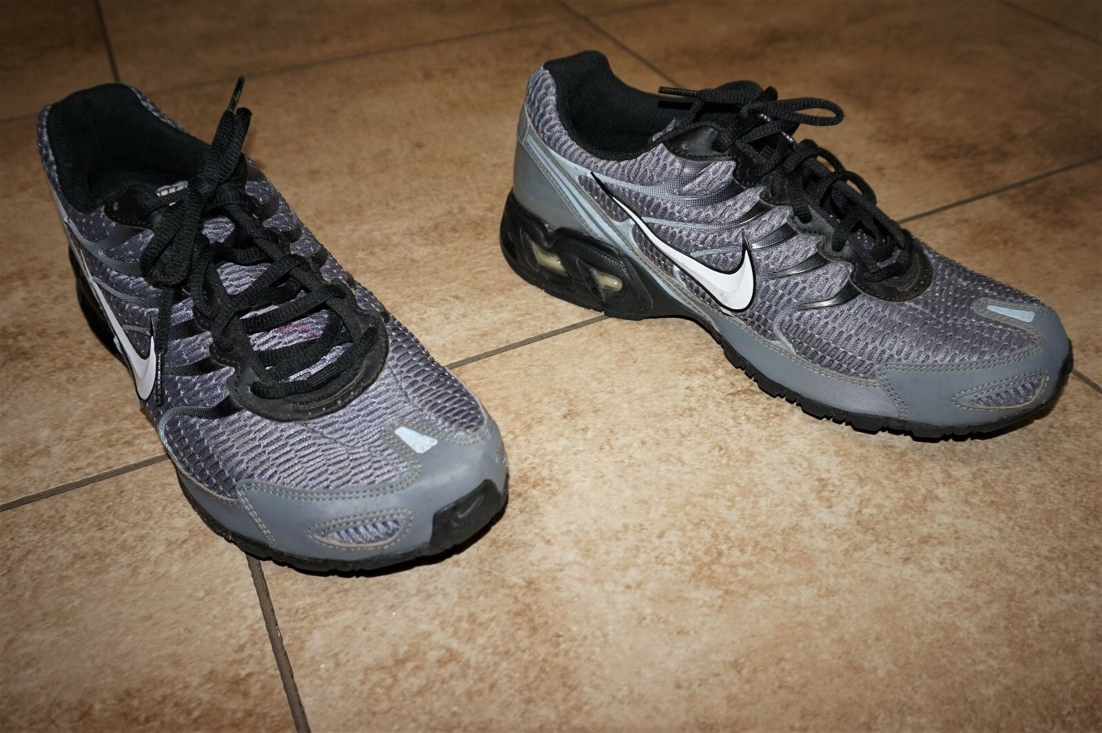 NIKE Mens Air Max Torch 4 Running Shoes Cool Grey White Black Platinum Size 11.5