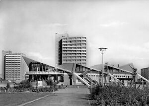 "AK, Rostock Südstadt, ""Kosmos""-Gaststätte, 1971"
