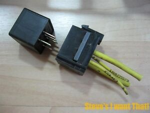 freightliner additional relay socket 12v 12193602 for oem fuse box rh ebay com