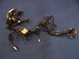 s l300 94 95 ford mustang 5 0 gt dash wiring harness fuse panel 1994 1995  at creativeand.co