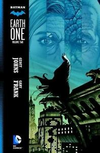 BATMAN-Earth-One-Vol-2-by-Geoff-Johns-DC-2015-HARDCOVER-BRAND-NEW