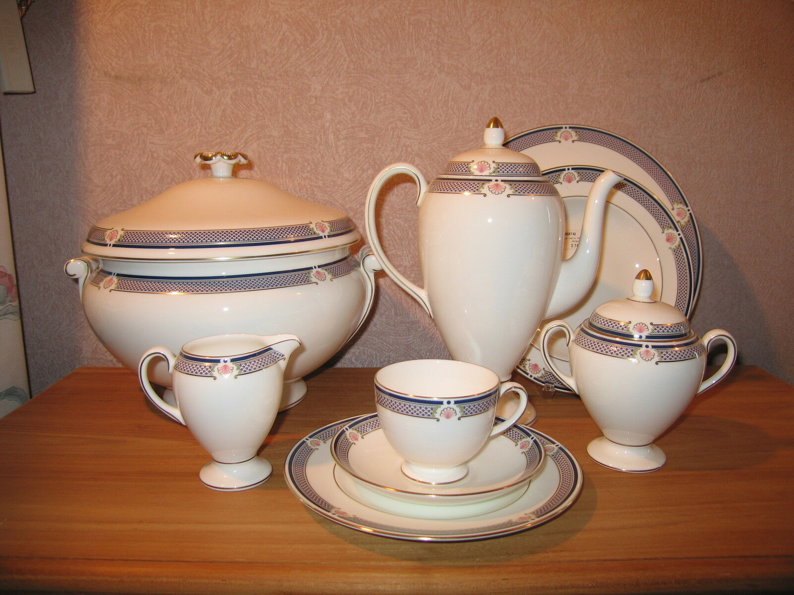 Wedgwood NEW Waverley Service 55 pièces Set 55 pieces Dinner service