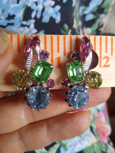 NICE! Vintage rhinestone earrings clip rhinestone