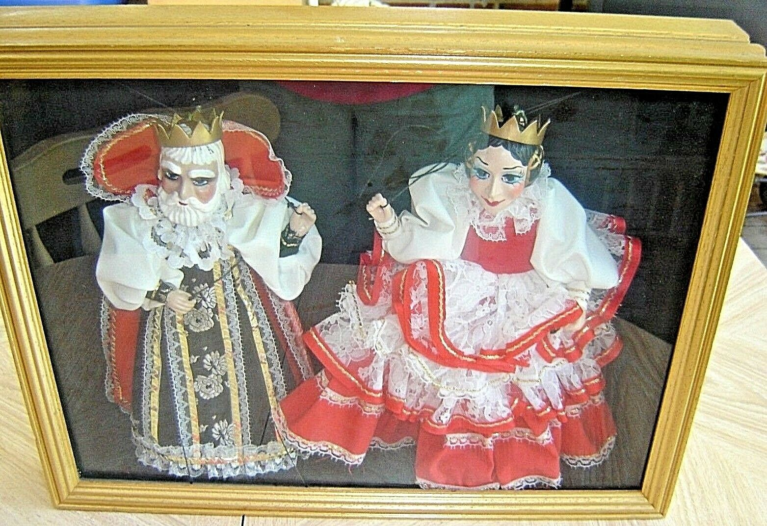 Vintage BONUM King and Queen Puppets