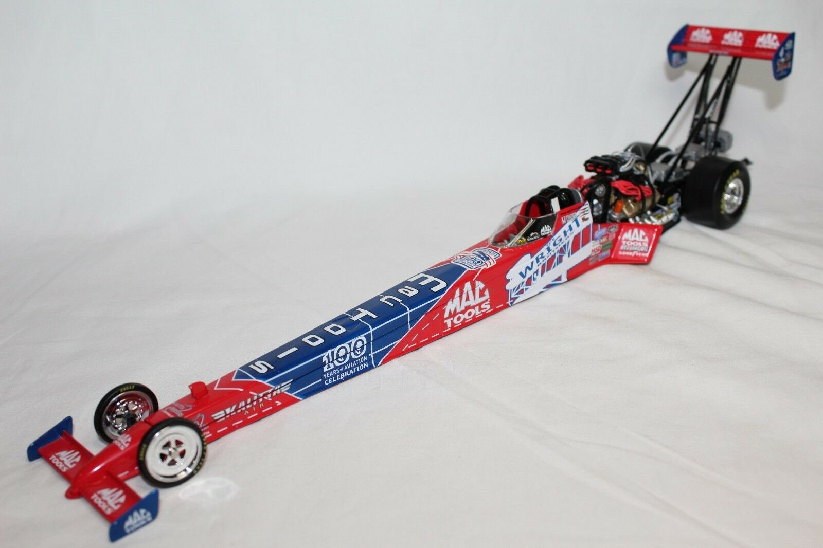 Action 1 24 Scale NHRA DOUG KALITTA WRIGHT BrossoHERS 2003 DRAGSTER - AUTOGRAPHED