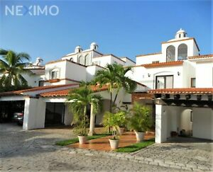 Casa en Venta AMUEBLADA, Frente al Mar, Piscina, Zona Hotelera, Cancún, Quintana Roo