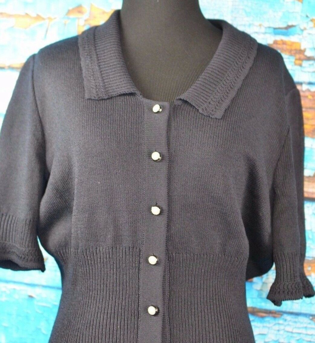 St John Collection Größe 8  Knit Short Sleeve Blouse Button Down Career schwarz USA