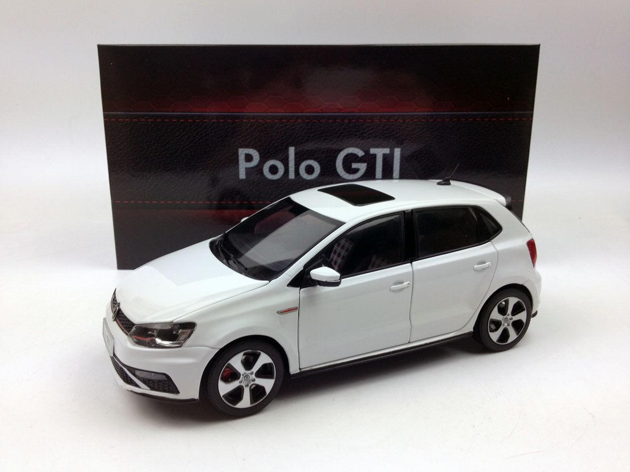 1 18 Shanghai Volkswagen Nuevo Polo GTI 2015 biancao Modelo de Metal Fundido a Troquel