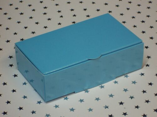 White  ~ Pink or Blue 105x65x35mm Premium Wedding Party Cake Slice Boxes