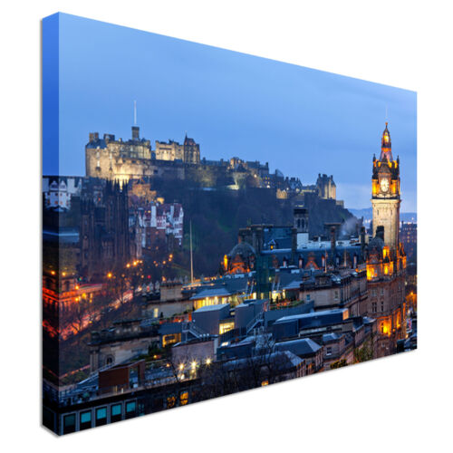 Edinburgh Castle with Cityscape Canvas Wall Art Picture Print