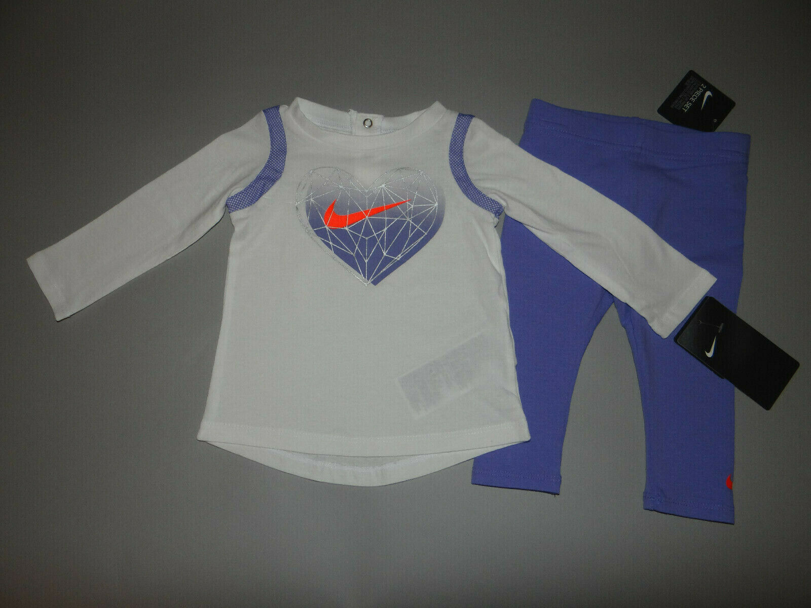 NWT, Baby girl clothes, 9 months, Nike 3 piece set