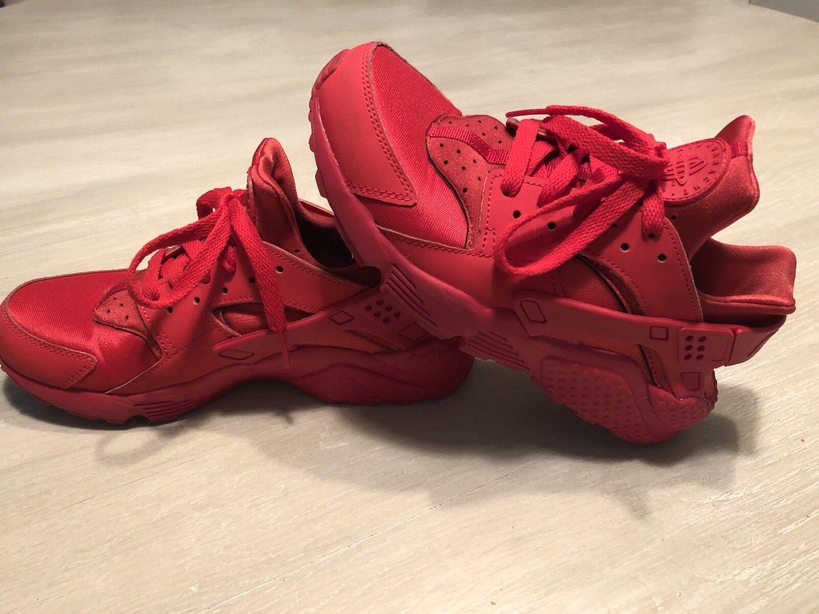 Nike Hurache Run Customid University Red Womens Sz 7.5 654275-600