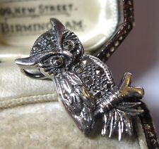 Adorable Vintage Style Sterling Silver Wise OWL Marcasite Stone Shawl Pin BROOCH