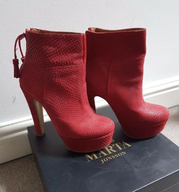069d41c6ee1 Lovely Boxed Marta Jonsson. Sneak Red Leather Ankle Boot Size 38