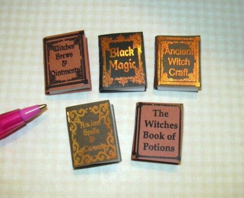 Miniature Halloween Witch Reference Books #1 DOLLHOUSE Miniatures 1:12 Scale