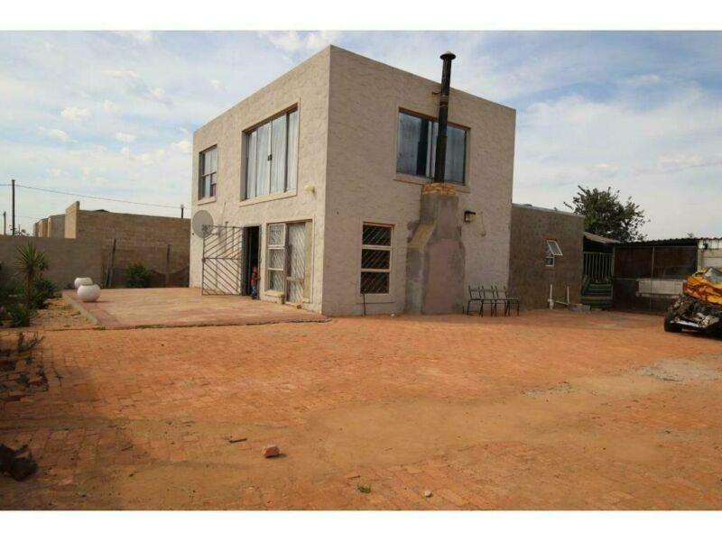 4 Bedroom House For Sale in Malmesbury Rural