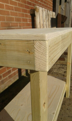 CHEAPEST ON 4ft WORKBENCHES LONG PLYWOOD TOP WORKBENCHES X 2