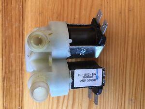 Die-Waschmaschine-Haier-HW601403D-Einlassventill-33490200