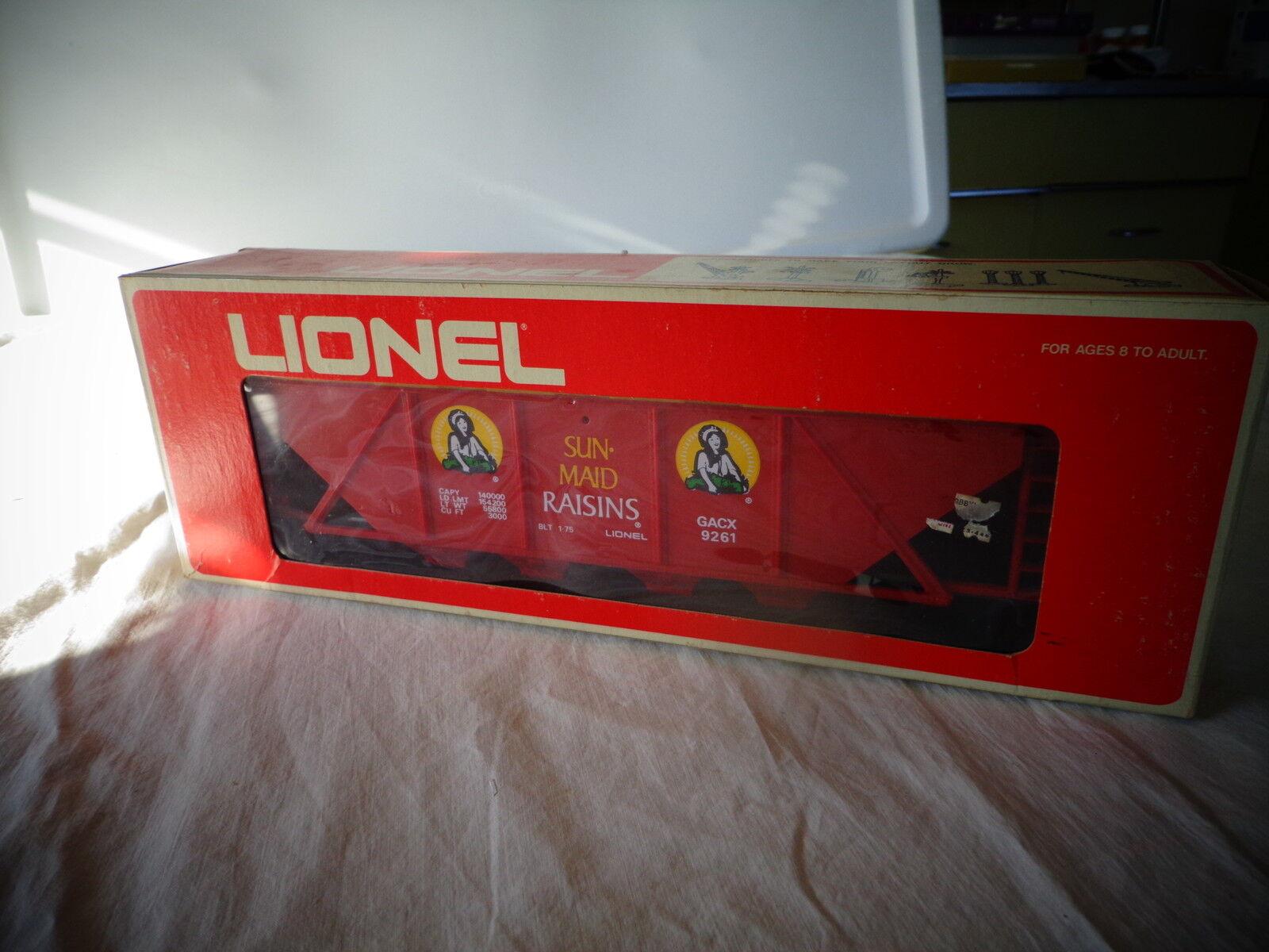 LIONEL  O  GAUGE SUN MAID RASINS CLOSED BILLBOARD HOPPER CAR