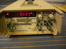Fluke 7260a Universal Counter Timer 250vrms 125mhz Powers On Buttons Operate