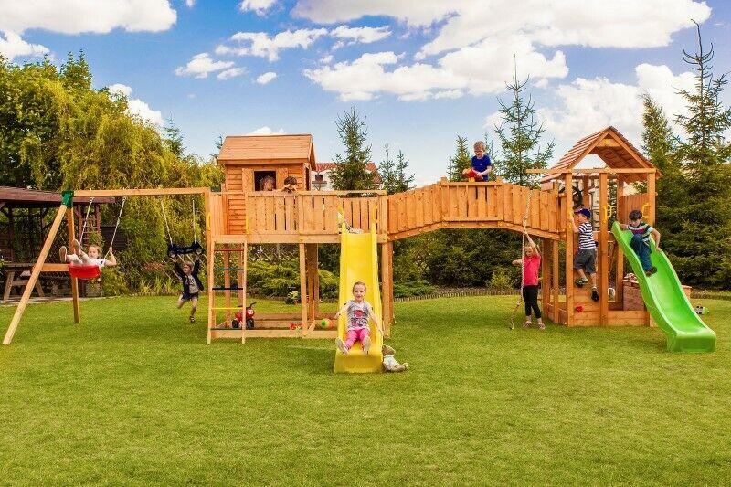 MAXI SET Kinderspielgerät SMILE FARM Rutsche Schaukel 450 x 1300 cm Spielhaus