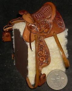 Dollhouse-Mini-Ornately-Tooled-Brown-Leather-Horse-Saddle-1-12-5079-OOAK-amp-LAST