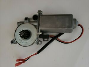 Wadoy 266149 Awning Motor RV Power Awning Replacement Motor for Solera Venture LCI Lippert 373566-12-Volt DC and 75-RPM