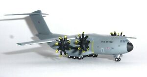 Airbus-A400M-RAF-Royal-Air-Force-Herpa-Collectors-Model-Scale-1-500-529969-G