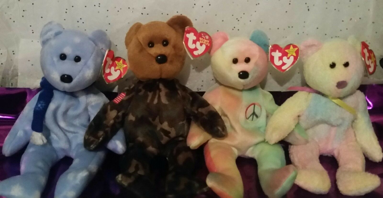 BEARS BEARS BEARS  GROOVY, PEACE, 1999 HOLIDAY TEDDY, & HERO W OUT STAMP