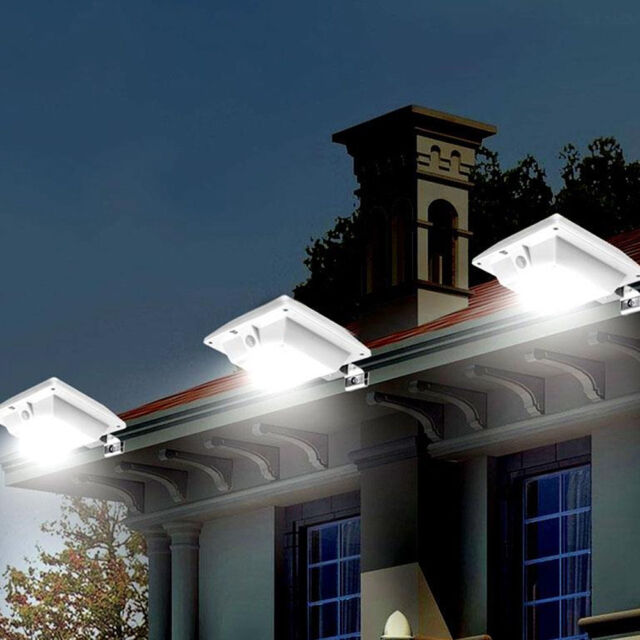 Solar Powered 6-LED Gutter Deck Outdoor Lamp Garden Yard Wall Fence Lights CHK