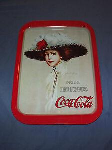 VINTAGE  1971 COKE DRINK DELICIOUS COCA COLA HAMILTON KING  GIRL METAL TRAY