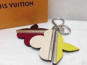 Auth-LOUIS-VUITTON-Bag-Charm-Key-Holder-Ring-8D120130m