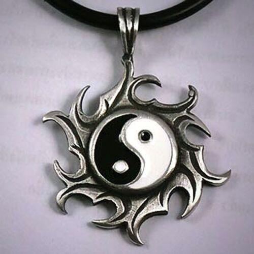 陰陽 Yin Yang Sun Eclipse feu roue taoïste Bouddhisme Zen Shinto étain Pendentif