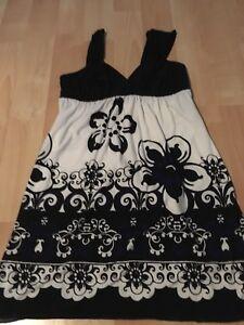 WOMEN-S-JESSICA-SUMMER-DRESS-Size-Small-Semiformal-Casual-Party-Dress-Like-New