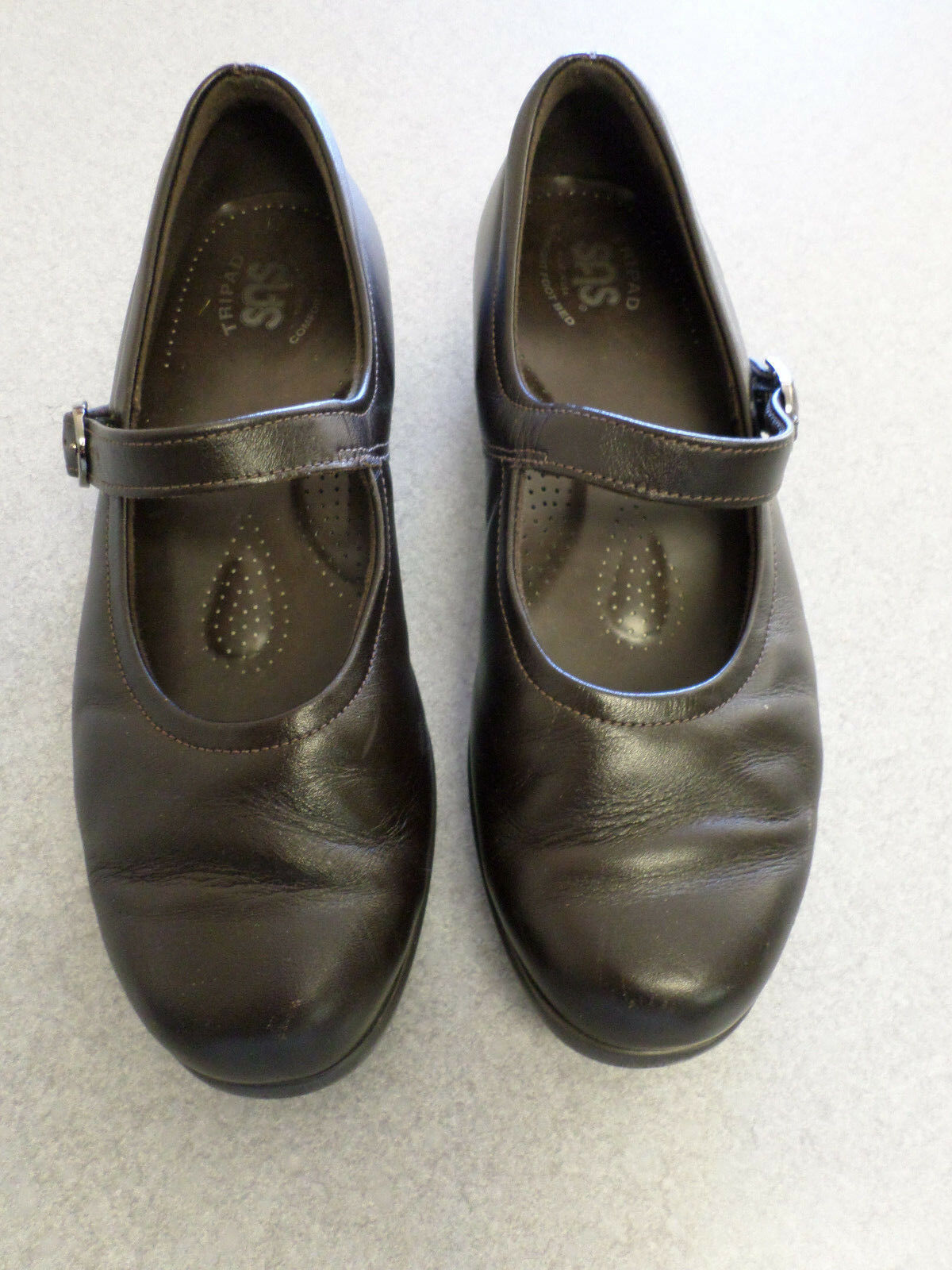 SAS dark brown leather Mary Janes. Women's 8 M made in USA