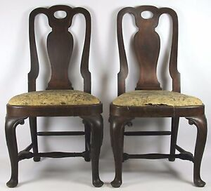 PAIR-OF-CHAIRS-QUEEN-ANNE-STYLE-WALNUT-WOOD-BOXWOOD-MARQUETRY-18TH-CENTURY