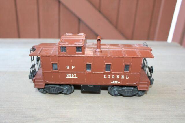 Postwar Lionel 2357 Illuminated SP-Type Caboose Brown Stack~Nice Original