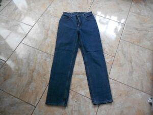 Gut Unifarben Jeans H7977 Sehr L30 Lee W30 Dunkelblau Oklahoma nq68F6fP