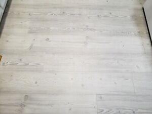 Sealed Boxes 17 24 Sq Ft Per Box Pad, How Many Sq Ft In A Box Of Laminate Flooring