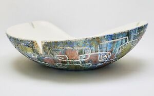Vintage-Mid-Century-Modern-Signed-Large-Abstract-Sgaffito-Ceramic-Bowl