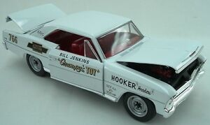 1966-Chevy-Nova-Bill-Grumpy-Jenkins-WHITE-version-1-18-Auto-World-5982